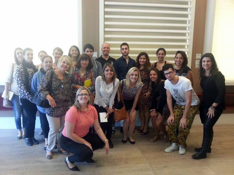 Estudantes da Unip visitam Ateliê de Campinas