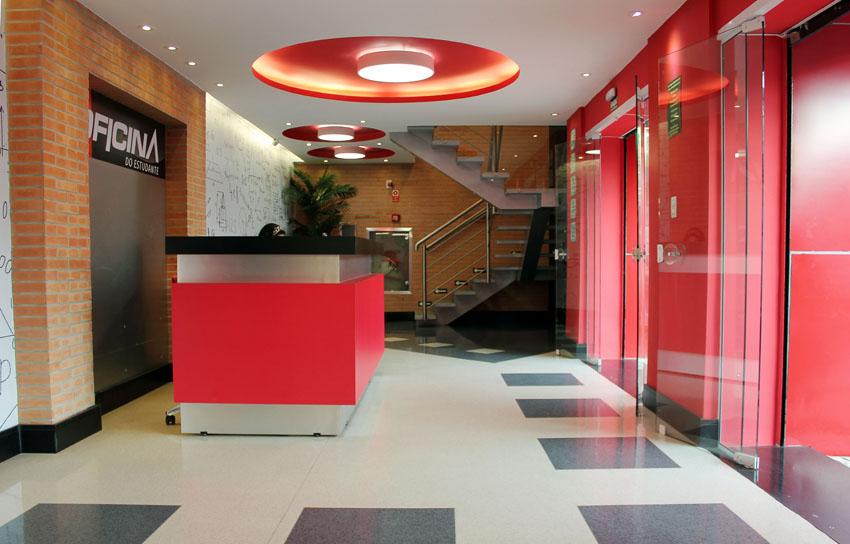 Ateliê Revestimentos fornece mais de 1,6 mil m² de piso vinílico para colégio