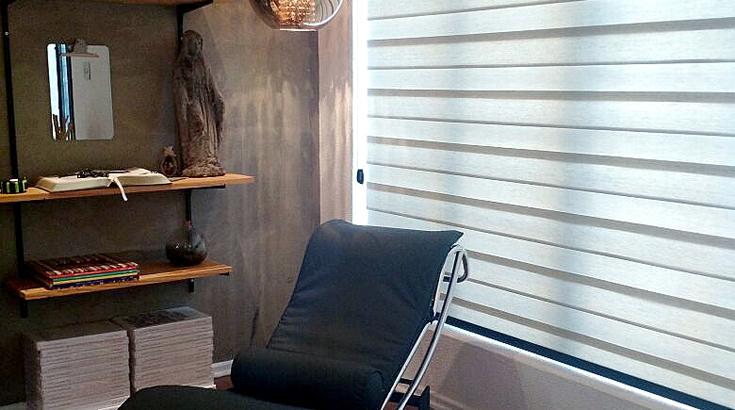 Cortina Shadow Unilux decora escritório de designer