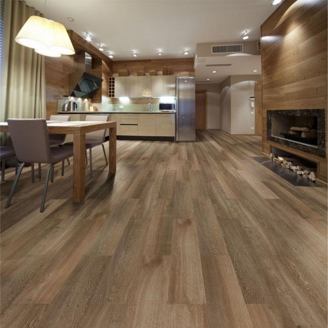 Piso vinílico leva madeira para a cozinha